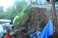 http://sciencythoughts.blogspot.co.uk/2013/09/man-killed-in-darjeeling-landslide.html