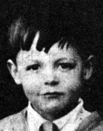 childhood pictures paul mccartney mini biography and unseen rare childhood pictures. Black Bedroom Furniture Sets. Home Design Ideas