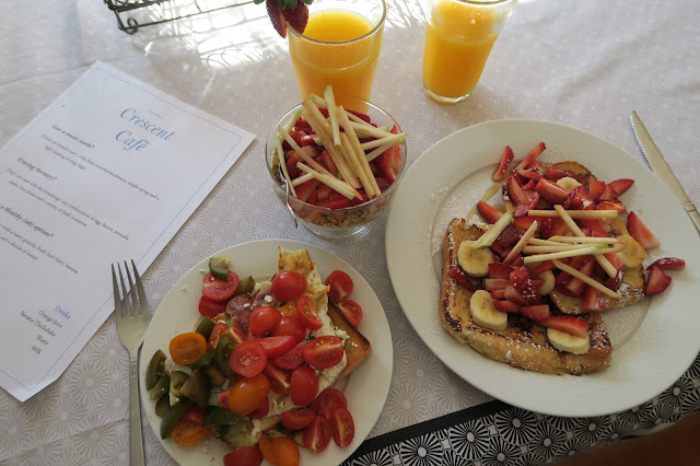 """At Home Breakfast """"Cafe"""""""