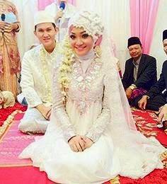 koleksi baju pengantin muslimah