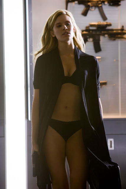 Maggie-Grace-Faster-007
