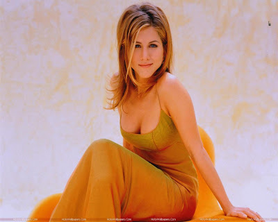 Actress Jennifer Aniston Glamorous Wallpaper-1600x1200