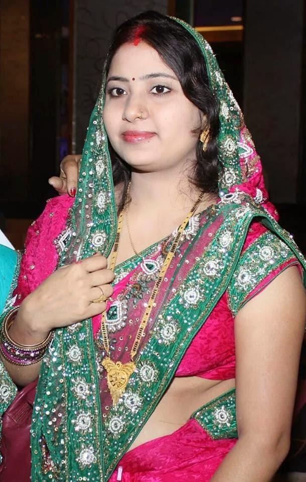 Pawan singh Wife Neelam Photo - Bollywood News, Bhojpuri News ...
