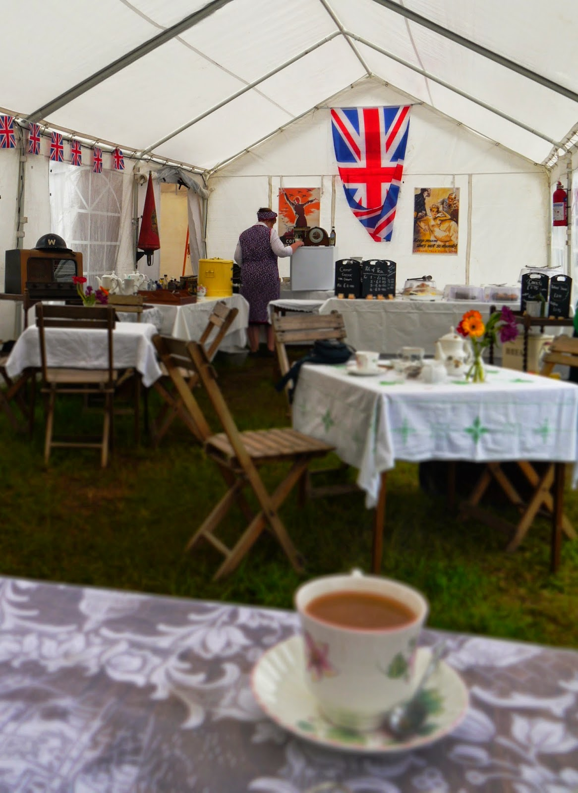 1940s Vintage Tea Shop at Selwood Steam Rally