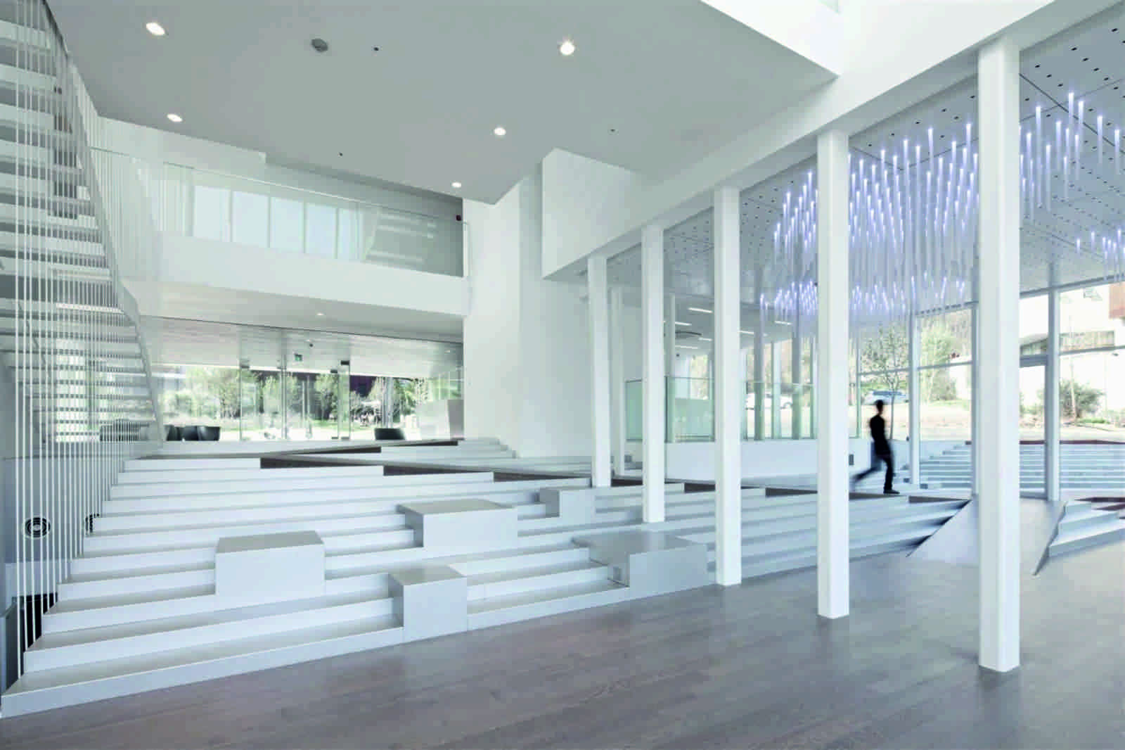 Gallery Space Design WHITE BLOCK GALLERY BY...