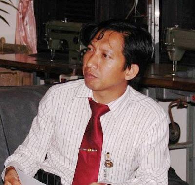 Jatim+Andry+Dewanto+Ahmad KPU Gugurkan Khofifah Sebagai Cagub Jatim 2013