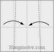 Bước 5: Gấp chéo hai cạnh giấy vào trong.