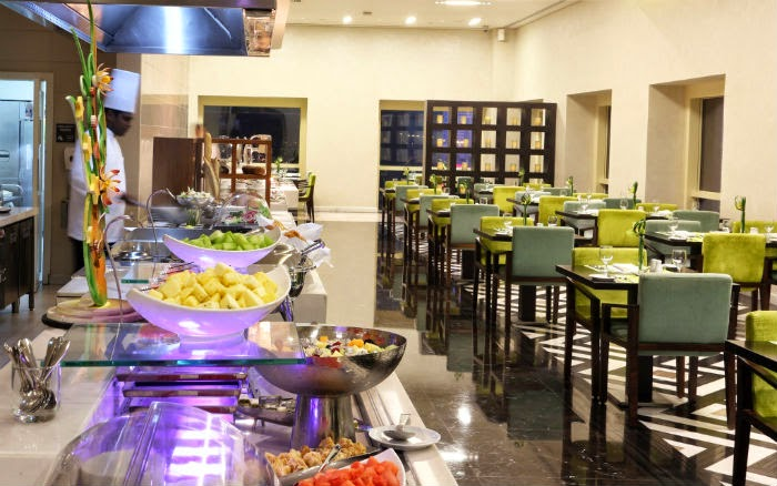 There are four restaurants and cafes on offer at Millennium Plaza Hotel
