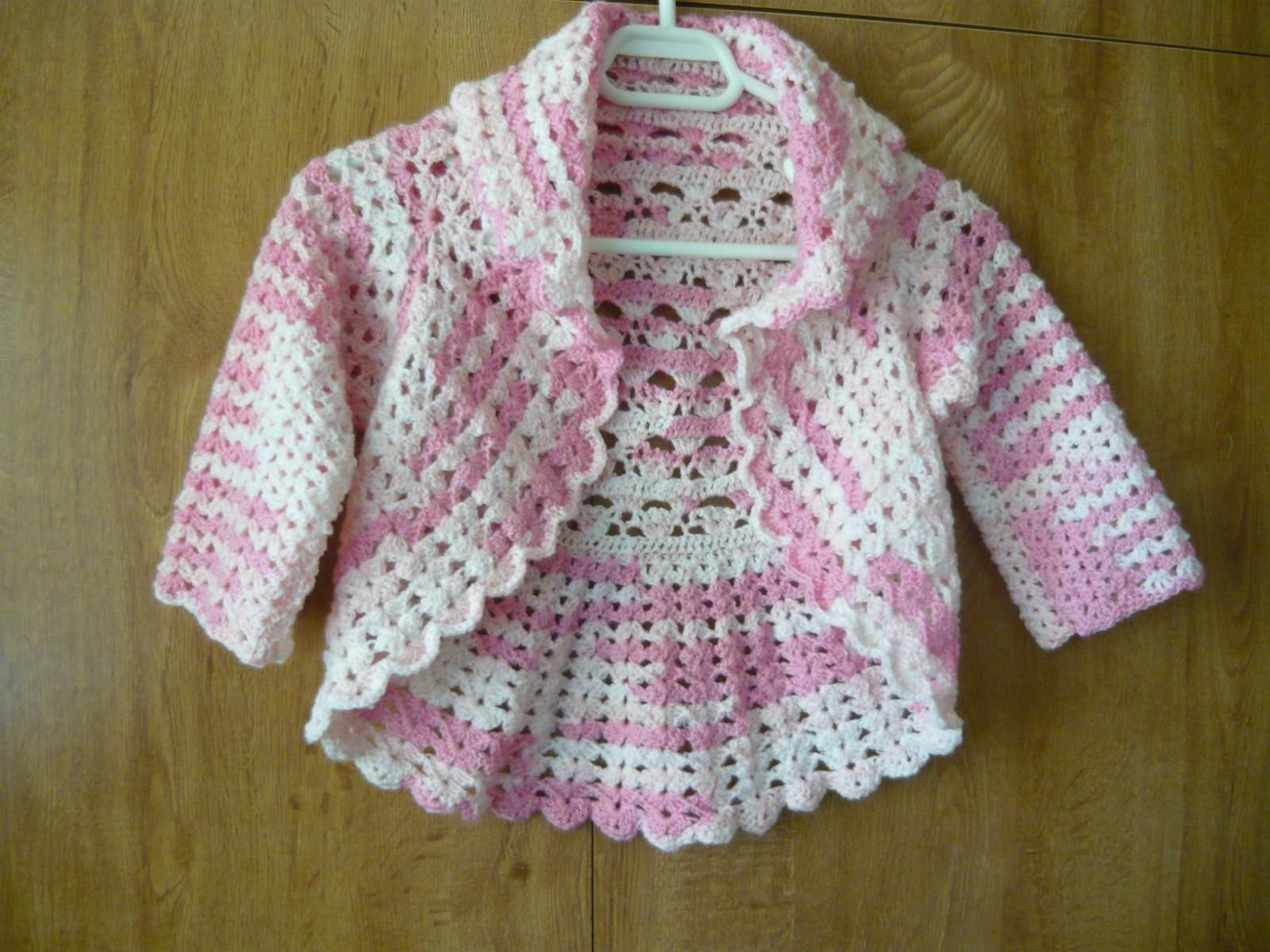 Hainute crosetate-tricotate