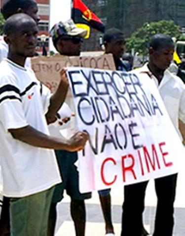 Angola: POLÍCIA DETÉM UM E PROCURA OUTROS MANIFESTANTES CONTRA A POBREZA