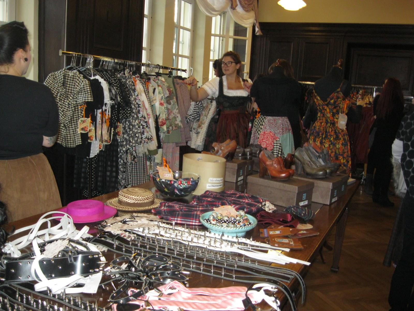 royalpinkgoth alternative fashion in vienna lena hoschek stock sale. Black Bedroom Furniture Sets. Home Design Ideas