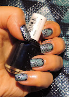 http://cathenail.blogspot.fr/2013/10/fashion-nail-mes-ongles-assortis-mon-t.html