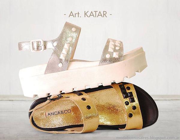 Moda sandalias doradas y plateadas verano 2015, Anca & Co colección.