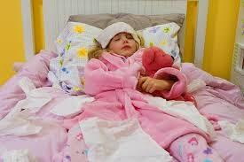 foto anak lagi demam