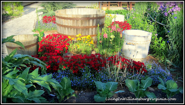 Living In Williamsburg, Virginia: June 2012