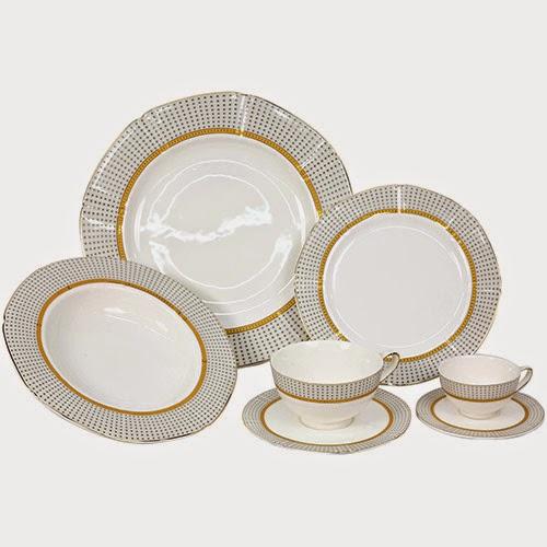 Aparelho de Jantar em Porcelana Oriol Octagonal