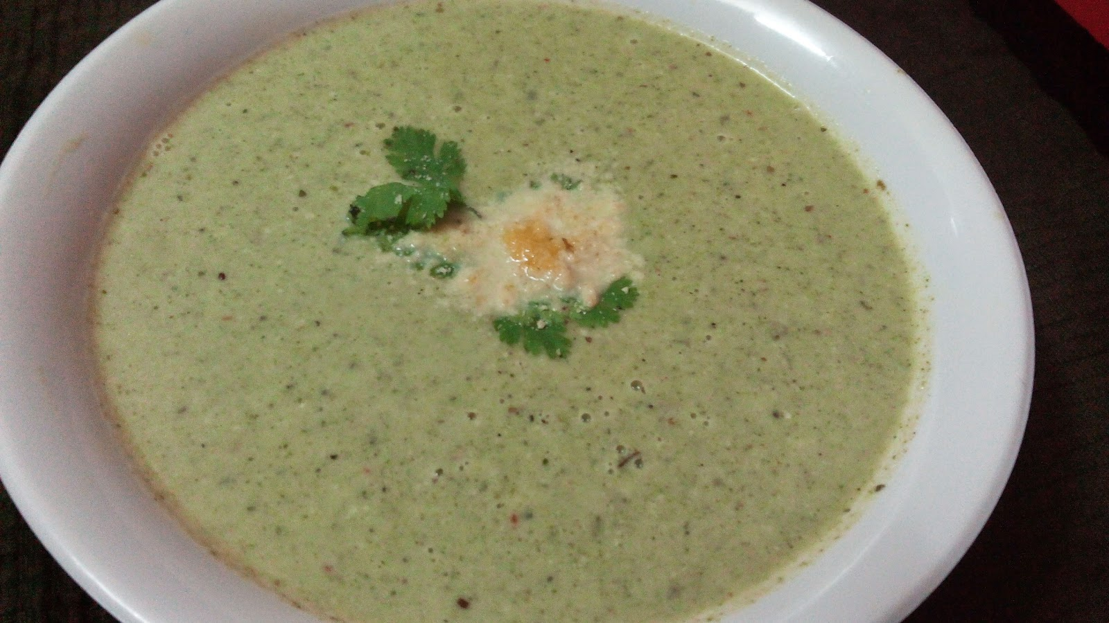 Cream Of Broccoli & Almond Soup