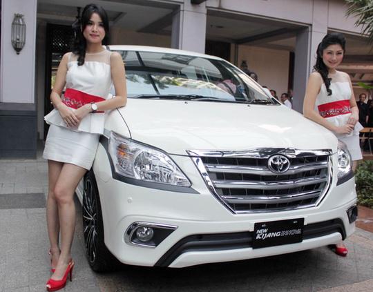 Harga Mobil Toyota Kijang Iinnova Terbaru 2015 dan Bekas di Solo
