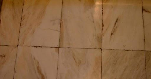 Peritararquitectura defectos en pavimentos por mala for Cuanto esta el marmol