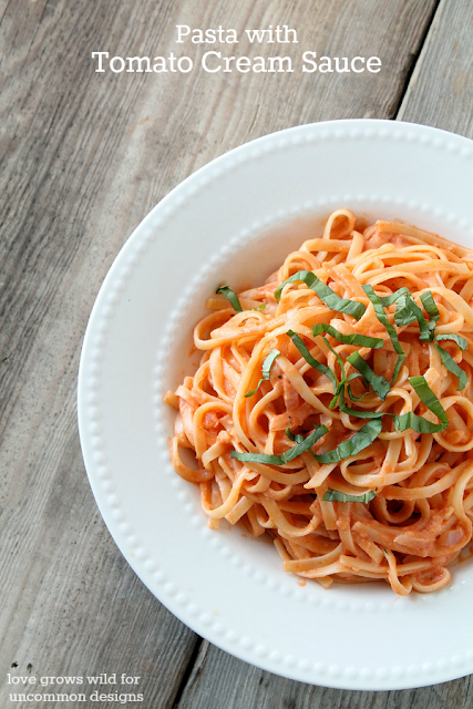 A splash of cream transforms regular tomato sauce into something spectacular! Try this Pasta with Tomato Cream Sauce for dinner tonight! LoveGrowsWild.com #pasta #recipe