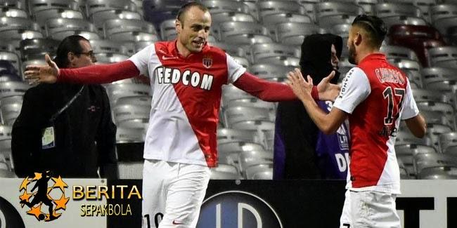 Dua Gol Berbatov Bawa Monaco Taklukkan Toulouse