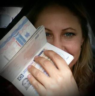 Passeport et Visa de résidence Dominicain en main !