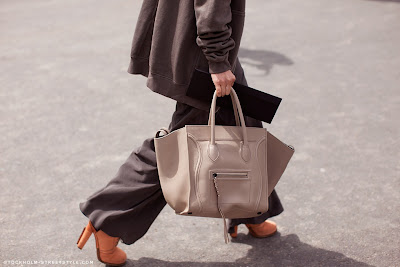 Céline Phantom comes in various materials and as a result different prices. Most  Phantom bags come in calfskin or suede. 2d39622610018