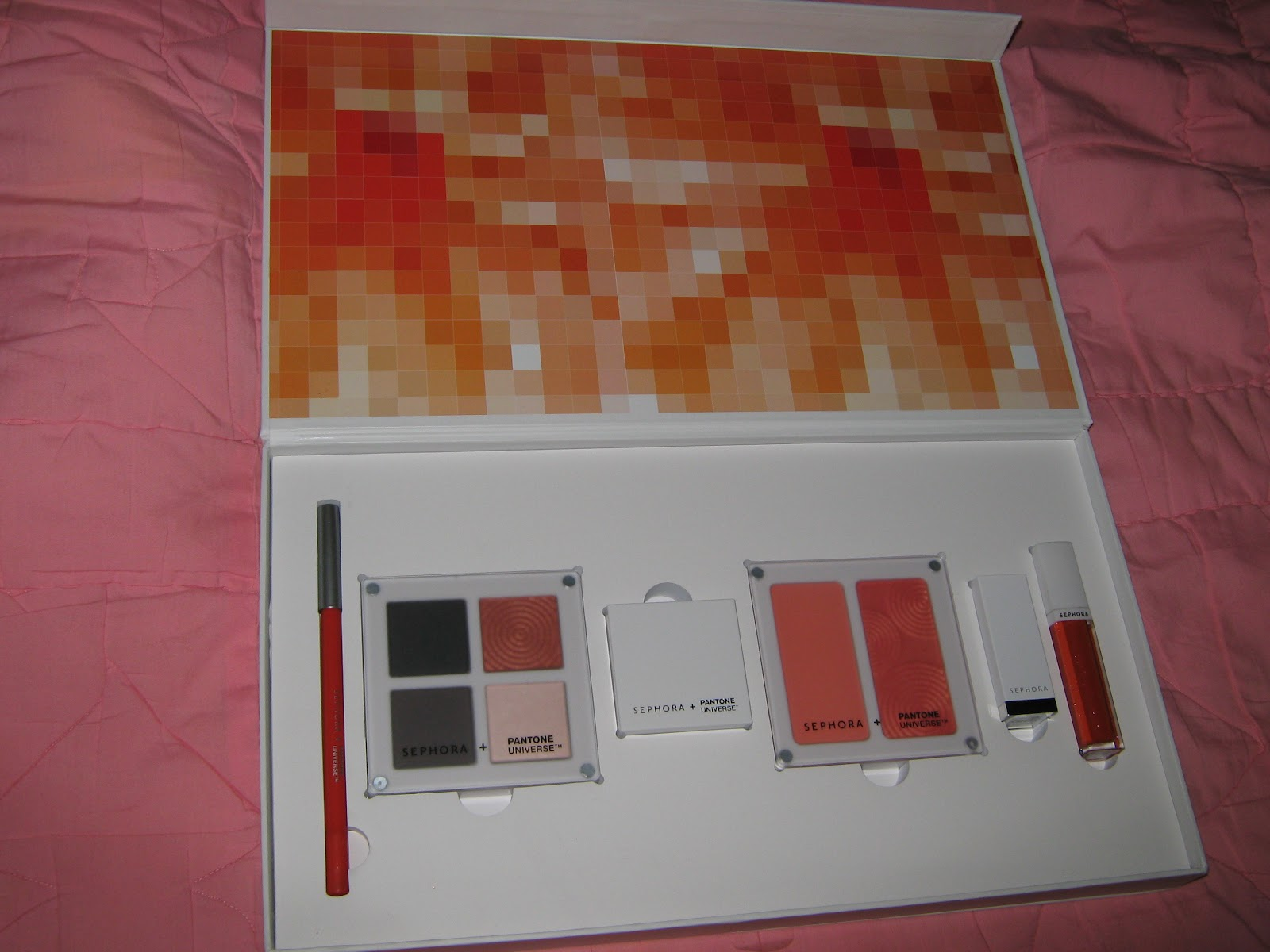 lookn4smitty: Sephora + Pantone Universe Color of the Year ...