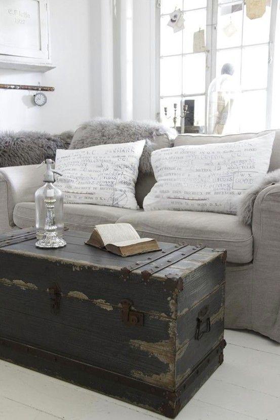 Living Room Trunk :