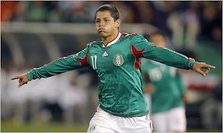 Javier Hernandez Sang Penerus Tradisi