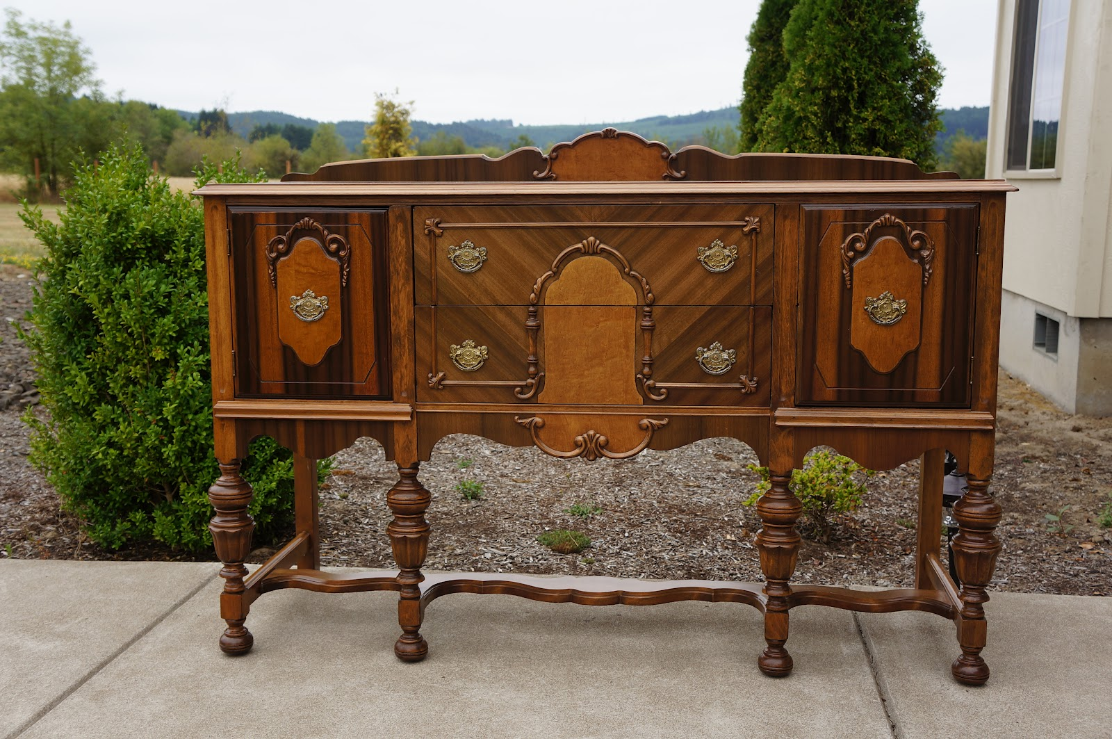 European flair furniture shop store for Sideboard vintage