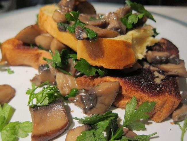 Mushroom brioche toasts