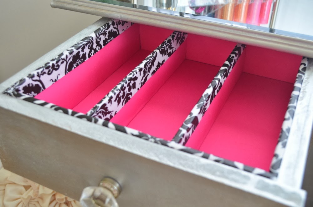 Modern bohemian lifestyle diy drawer organizers happy organizing now go divide and conquer xoxo christine solutioingenieria Image collections