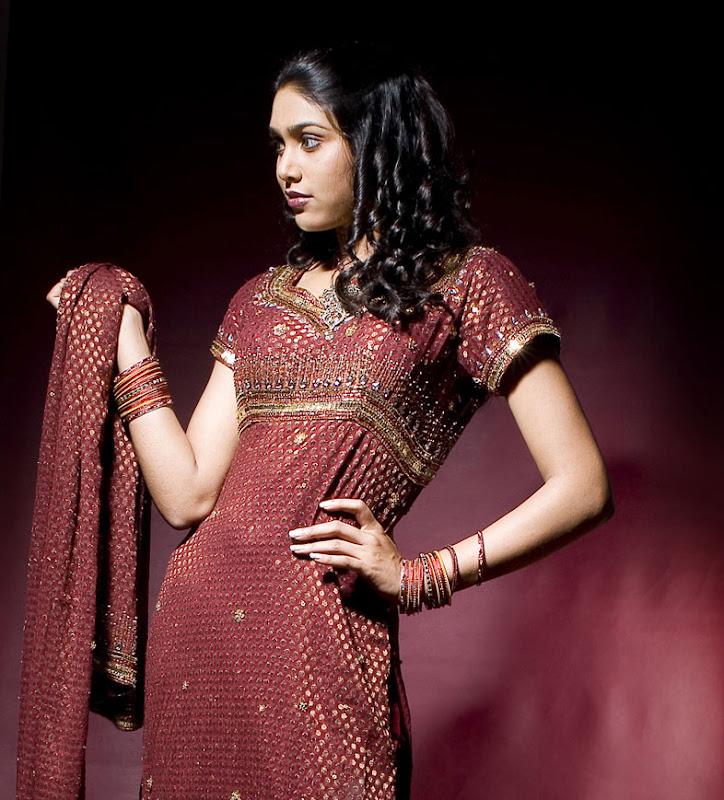 Actress Manisha Stills Gallery sexy stills