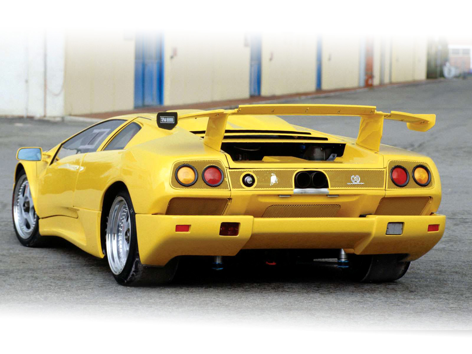 lamborghini wallpapers car accident lawyers 1995 lamborghini diablo iota pi. Black Bedroom Furniture Sets. Home Design Ideas