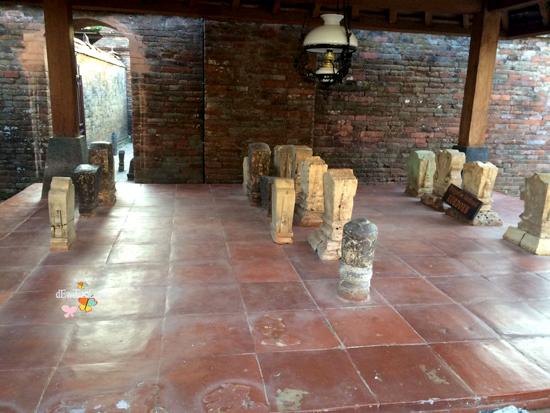 makam-makam yang ada di Sunan kudus