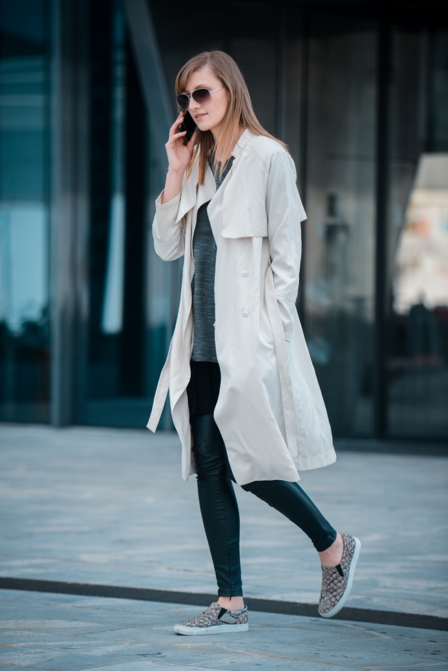 layering, black tee dress layering, hm nude extra long trench coat, hm snake slip on sneakers, style blog blogger, fashion blogger