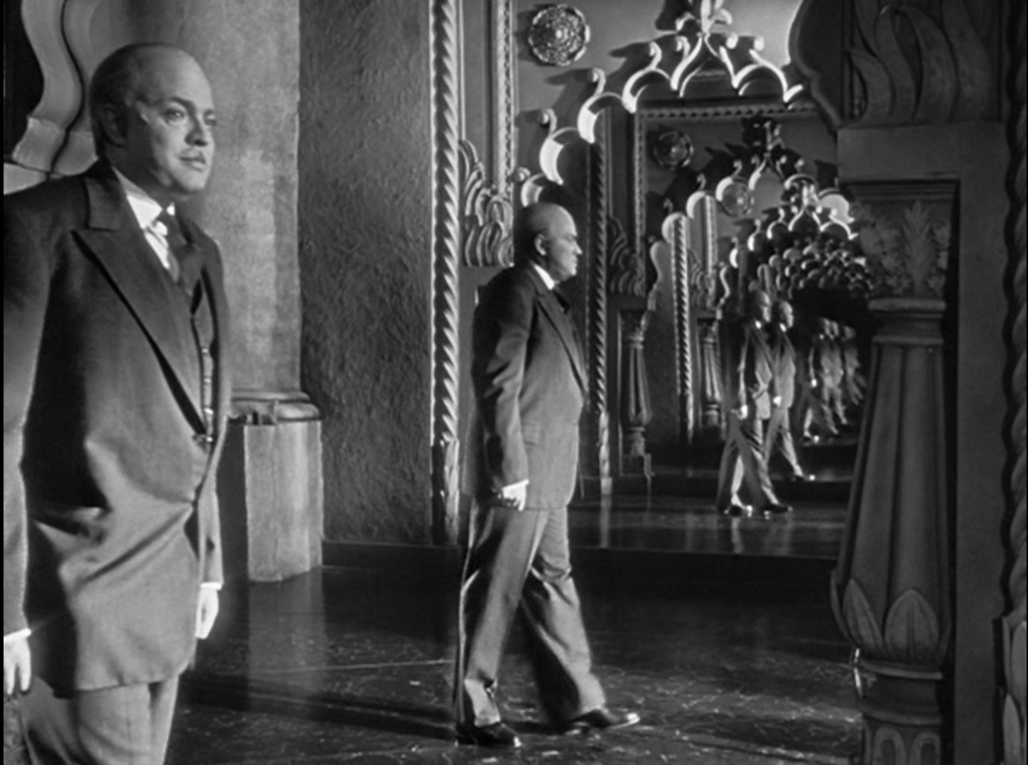 an analysis of citizen kane a movie by orson welles Awards season released in 1941, it was the an analysis of the movie citizen kane by orson welles first movie free good citizen papers, essays, and research papers.