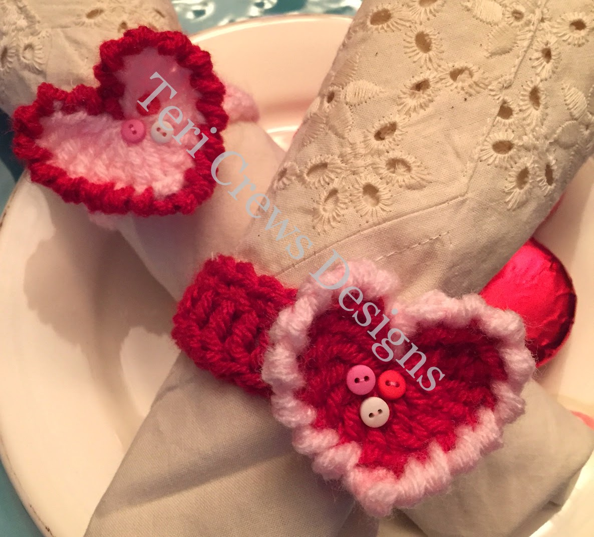 teri 39 s blog free bunny ear and heart napkin ring crochet patterns. Black Bedroom Furniture Sets. Home Design Ideas