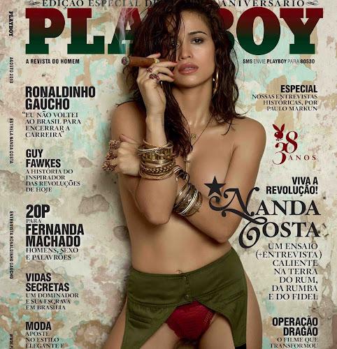 Nanda Costa mostra tudo bem cabeludinho na revista masculina de Agosto de 2013