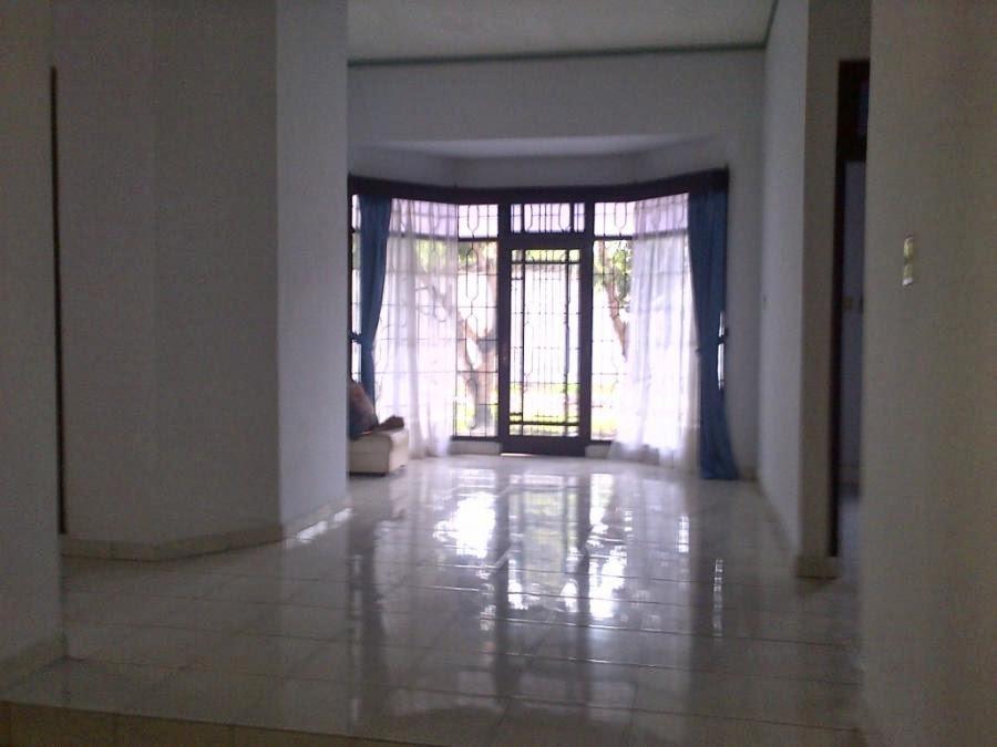desain rumah besar cantik minimalis 1 lantai di jalan