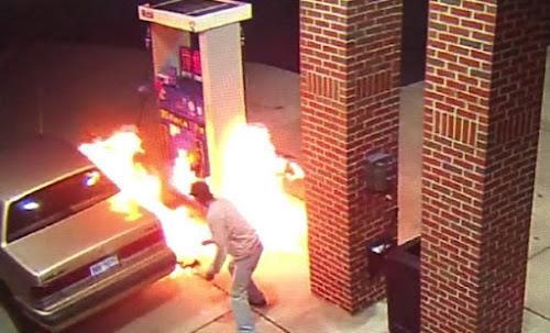Homem incendeia posto de gasolina a tentar matar aranha (video)