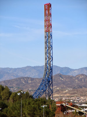 Montanha russa Superman: Escape from Krypton - Six Flags Magic Mountain - Valencia - Califórnia