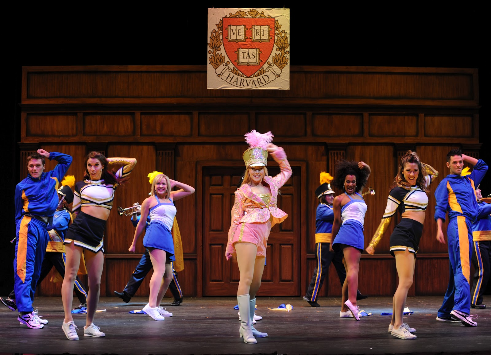 the san diego drama king theatre review legally blonde the emma degerstedt and company photo courtesy of ken jacques
