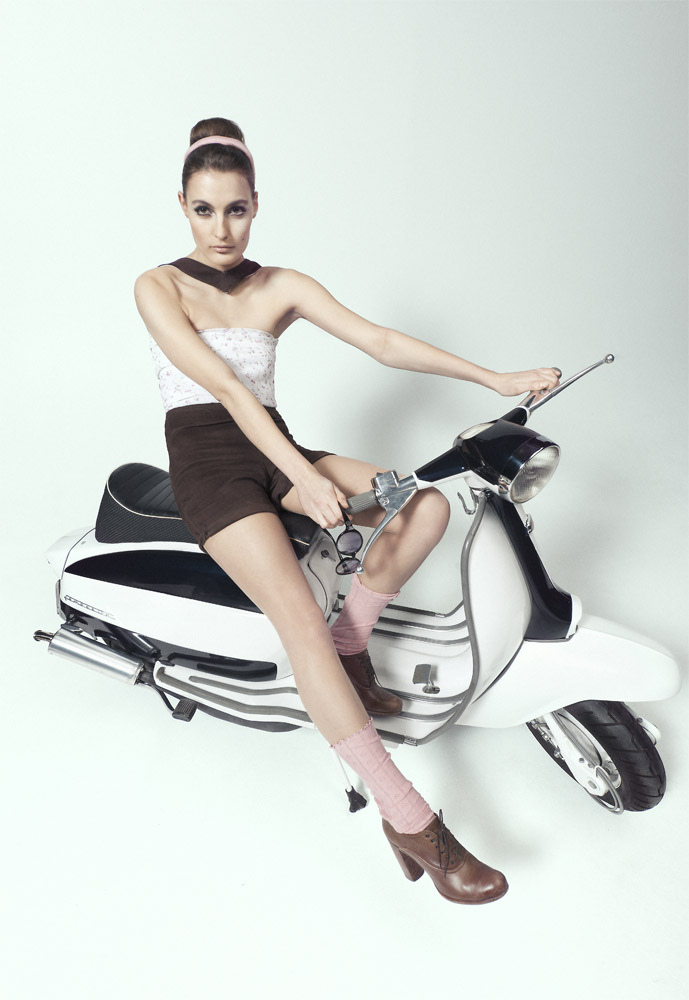 The Scooterist: Lambretta Girl