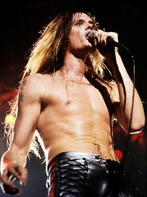 Guns N' Roses - Whiplash.Net Rock e Heavy Metal