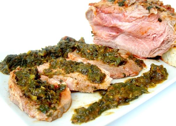 scamerita di maiale alla cacciatora con spinaci al pomodoro