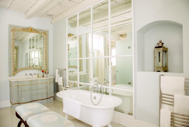 Home staging 101 come utilizzare gli specchi per - Specchi grandi da parete ikea ...