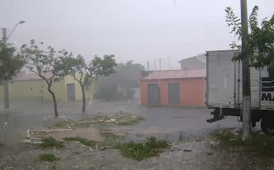 Chove em 52 cidades cearenses de sábado para domingo, diz Funceme