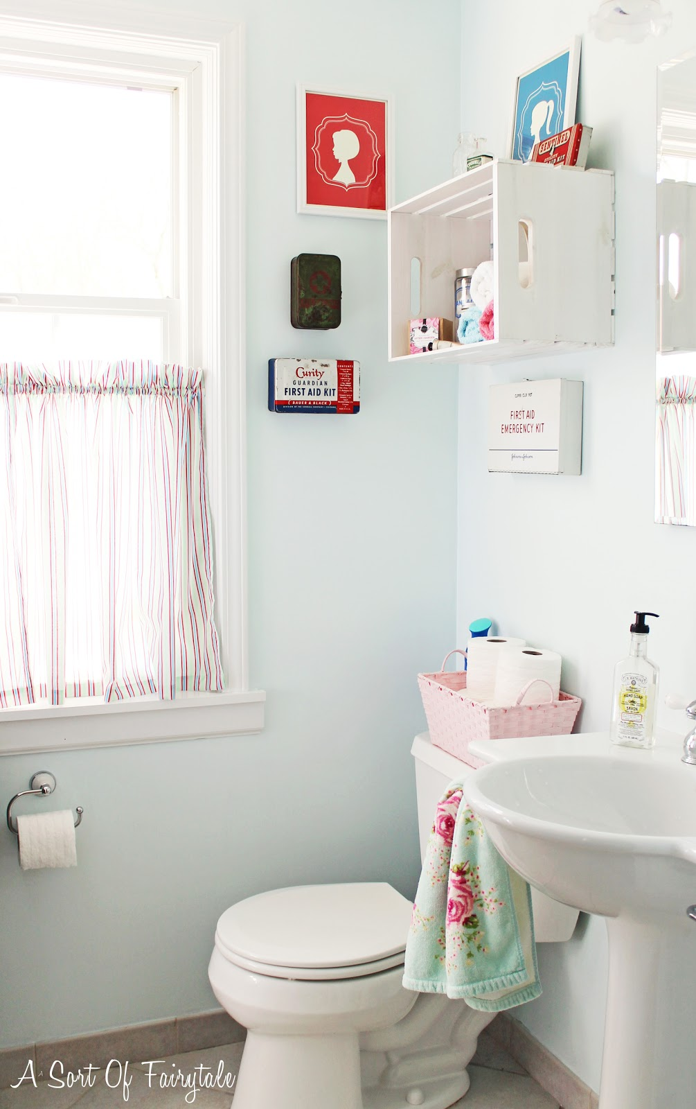 A Sort Of Fairytale: First Aid for My Bathroom - A Makeover {for ...
